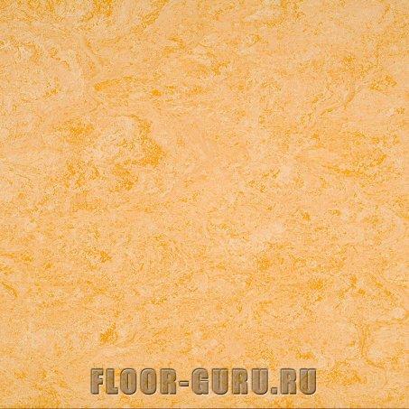 Линолеум натуральный Armstrong Marmorette LPX 121-076